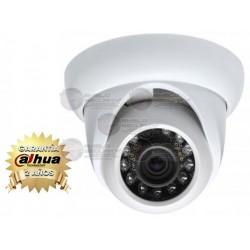 Cámara / Tipo Domo / HDIS / 800TVL / Luz IR 20 mts. / D&N / Lente 3.6mm / IP66 / AWB / BLC